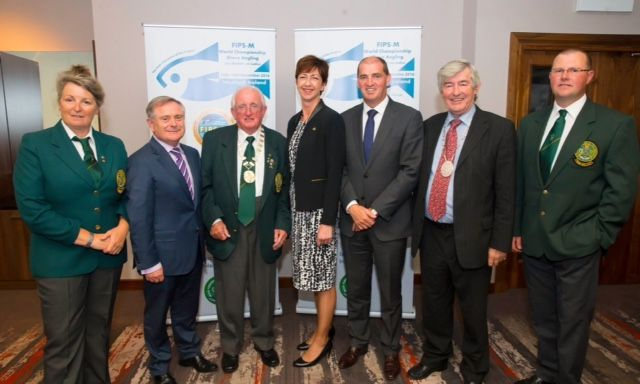 (L to R) Anne Whitty, IFSA Ladies Team Captain. Brendan Howlin T.D., Pat Walsh, President IFSA, Frances Kinsella of Event Ireland, Minister Paul Kehoe T.D., Tony Dempsey, Deputy Major of Wexford and Martin Howlin, Men's Team Captain.